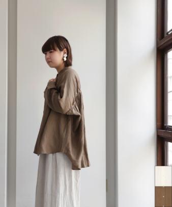 co;ill nine / リネン長袖バックギャザーシャツ