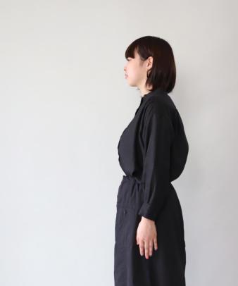 mumokuteki / リネン長袖ダブルボタンシャツ_15