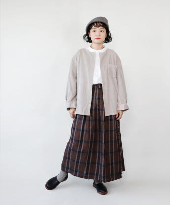 mumokuteki /オリジナルコーディロイリメイクトップス グレージュ_4
